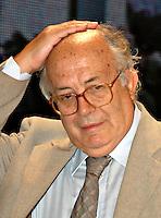 Roma 11 09 2004 Dibattito:Riforme:quale sistema elettorale per un vero bipolarismo politico?Gerardo Bianco Deputato Margherita       photo:Serena Cremaschi Insidefoto