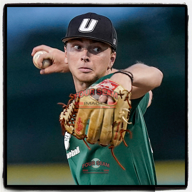 Zach Stephenson (32) of the University of South Carolina Upstate Spartans pitches in an intrasquad scrimmage during fall practice on Wednesday, September 29, 2021, at Cleveland S. Harley Park in Spartanburg, South Carolina. (Tom Priddy/Four Seam Images)