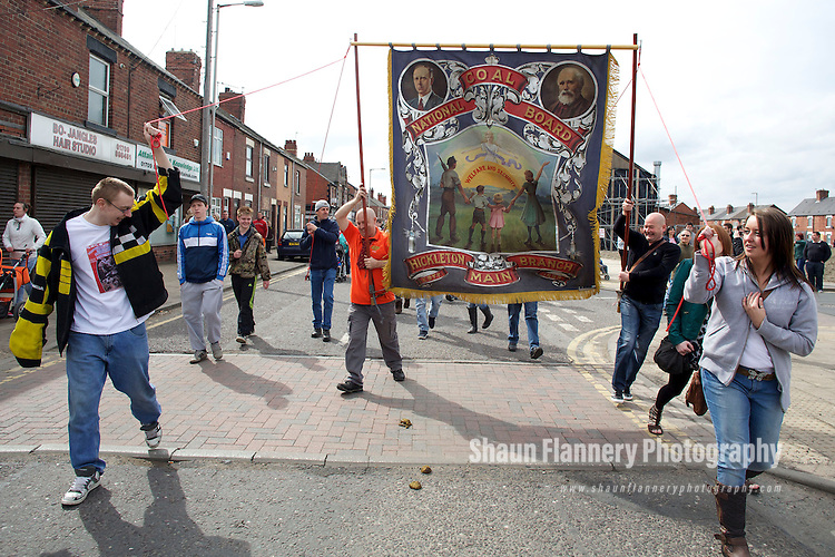 Pix: Shaun Flannery/shaunflanneryphotography.com...COPYRIGHT PICTURE>>SHAUN FLANNERY>01302-570814>>07778315553>>..17th April 2013..Margaret Thatcher funeral celebrations in the former pit village of Goldthorpe situated in the heart of the South Yorkshire coal field's.