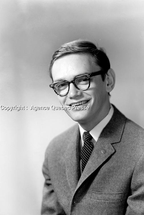 Sylvain Lelièvre<br /> , 3 juin 1963<br /> <br /> Photographe : Lefaivre & Desroches<br /> - Agence Quebec Presse