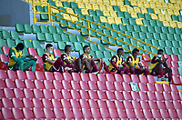 IBAGUE - COLOMBIA, 31-07-2021: Jugadores de Deportes Tolima durante partido entre Deportes Tolima y Alianza Petrolera de la fecha 3 por la Liga BetPlay DIMAYOR II 2021, jugado en el estadio Manuel Murillo Toro de la ciudad de Ibague. / Players of Deportes Tolima during a match between Deportes Tolima and Alianza Petrolera of the the 3rd date for the BetPlay DIMAYOR II 2021 League, played at Manuel Murillo Toro stadium in Ibague city. / Photo: VizzorImage / Joan Orjuela / Cont.