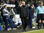 Hibs v St Johnstone…18.11.17…  Easter Road…  SPFL<br />Hibs manager Neil Lennon signals for his team to be switched on after equalising<br />Picture by Graeme Hart. <br />Copyright Perthshire Picture Agency<br />Tel: 01738 623350  Mobile: 07990 594431