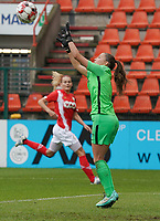 Genk's goalkeeper Joséphine Delvaux (1) makes a save during a female soccer game between Standard Femina de Liege and KRC Genk Ladies  on the third matchday of the 2020 - 2021 season of Belgian Womens Super League , Saturday 3 rd of October 2020  in Liege , Belgium . PHOTO SPORTPIX.BE   SPP   SEVIL OKTEM
