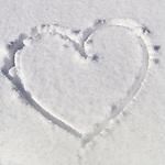 Deutschland, Bayern, Chiemgau, Reit im Winkl: Herz im Schnee | Germany, Bavaria, Chiemgau, Reit im Winkl: heart in the snow