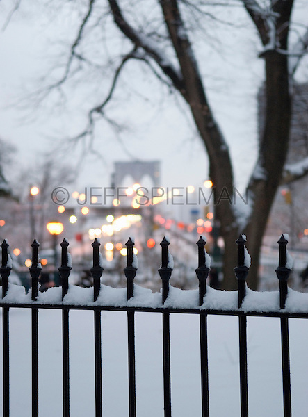 AVAILABLE FROM WWW.PLAINPICTURE.COM FOR LICENSING.  Please go to www.plainpicture.com and search for image # p5690258.<br />