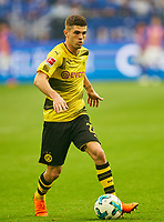 Christian PULISIC Nr. 22 BVB  <br /> FC SCHALKE 04 -  BORUSSIA DORTMUND 2-0<br /> Football 1. Bundesliga , Gelsenkirchen,15.04.2018, 30. match day,  2017/2018 1.Bundesliga, BVB, S04, <br />  *** Local Caption *** © pixathlon<br /> Contact: +49-40-22 63 02 60 , info@pixathlon.de