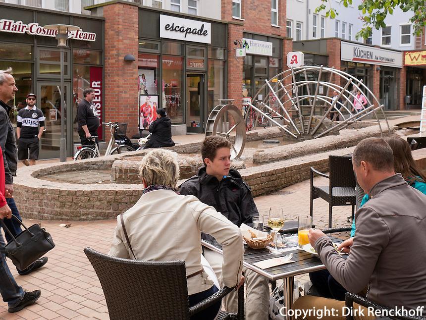 Brunnen auf dem Hopfenmarkt in Rostock, Mecklenburg-Vorpommern, Deutschland