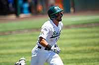 Wright State Raiders right fielder Alec Sayre (18) hustles to first base against the Duke Blue Devils in NCAA Regional play on Robert M. Lindsay Field at Lindsey Nelson Stadium on June 5, 2021, in Knoxville, Tennessee. (Danny Parker/Four Seam Images)