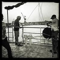 Sea Watch-2.<br /> Die Crew der 13. SAR-Mission ist auf dem Weg in ihr Einsatzgebiet vor der libyschen Kueste. Das Schiif verlaesst den Hafen von Valetta.<br /> 16.10.2016, Valetta/Malta<br /> Copyright: Christian-Ditsch.de<br /> [Inhaltsveraendernde Manipulation des Fotos nur nach ausdruecklicher Genehmigung des Fotografen. Vereinbarungen ueber Abtretung von Persoenlichkeitsrechten/Model Release der abgebildeten Person/Personen liegen nicht vor. NO MODEL RELEASE! Nur fuer Redaktionelle Zwecke. Don't publish without copyright Christian-Ditsch.de, Veroeffentlichung nur mit Fotografennennung, sowie gegen Honorar, MwSt. und Beleg. Konto: I N G - D i B a, IBAN DE58500105175400192269, BIC INGDDEFFXXX, Kontakt: post@christian-ditsch.de<br /> Bei der Bearbeitung der Dateiinformationen darf die Urheberkennzeichnung in den EXIF- und  IPTC-Daten nicht entfernt werden, diese sind in digitalen Medien nach §95c UrhG rechtlich geschuetzt. Der Urhebervermerk wird gemaess §13 UrhG verlangt.]