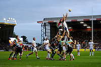 George Robson of Harlequins competes in the lineout with Francois Louw of Bath Rugby