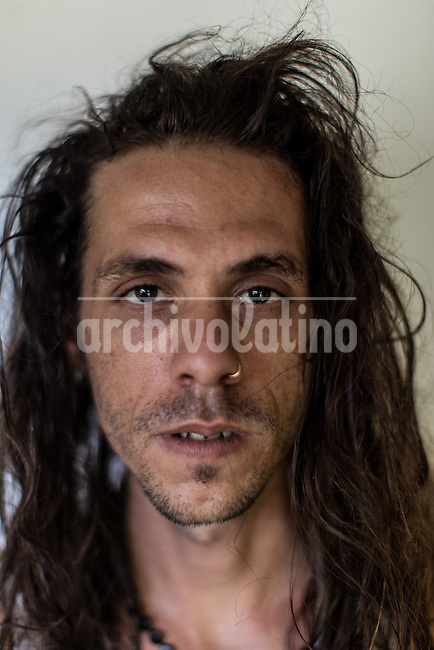 Cuban musician Ariel Macías Hernández.Once more Cubans are experimenting deep turns in their scattered economy. A photo essay by Lorenzo Moscia with available story by Colette Rodriguez Marcano.