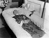 1963 01 23 OBT du Pere BOUCHER cure du Cercle Lacordaire - LD - 4par5