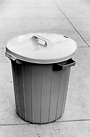 1980 File -<br /> <br /> Getting a (plastic) handle on getting rid of trash<br /> <br /> Photo : Bob Olsen<br /> Toronto Star Archives via AQP