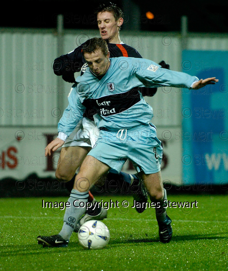 01/01/2005  Copyright Pic : James Stewart.File Name : jspa08_falkirk_v_raith-rovers.DAYRLL DUFFY AND DARREN BRADY CHALLENGE FOR THE BALL....Payments to :.James Stewart Photo Agency 19 Carronlea Drive, Falkirk. FK2 8DN      Vat Reg No. 607 6932 25.Office     : +44 (0)1324 570906     .Mobile   : +44 (0)7721 416997.Fax         : +44 (0)1324 570906.E-mail  :  jim@jspa.co.uk.If you require further information then contact Jim Stewart on any of the numbers above.........