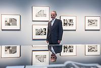 """Ausstellung """"Landsleute 1977-1987 - Two Germanys"""" in der Galerie C/O Berlin.<br /> Vom 22. August bis 1. November 2015 zeigt die Berliner Galerie C/O Berlin Fotos des Fotografen Rudi Meisel zum Deutschland in der DDR und BRD von 1977 bis 1987.<br /> Als einer der wenigen westdeutschen Fotografen bereiste Rudi Meisl mehrmals im Jahr die DDR und dokumentierte dort fuer Magazine und Zeitungen in Fotoreportagen den Alltag.<br /> 21.8.2015, Berlin<br /> Copyright: Christian-Ditsch.de<br /> [Inhaltsveraendernde Manipulation des Fotos nur nach ausdruecklicher Genehmigung des Fotografen. Vereinbarungen ueber Abtretung von Persoenlichkeitsrechten/Model Release der abgebildeten Person/Personen liegen nicht vor. NO MODEL RELEASE! Nur fuer Redaktionelle Zwecke. Don't publish without copyright Christian-Ditsch.de, Veroeffentlichung nur mit Fotografennennung, sowie gegen Honorar, MwSt. und Beleg. Konto: I N G - D i B a, IBAN DE58500105175400192269, BIC INGDDEFFXXX, Kontakt: post@christian-ditsch.de<br /> Bei der Bearbeitung der Dateiinformationen darf die Urheberkennzeichnung in den EXIF- und  IPTC-Daten nicht entfernt werden, diese sind in digitalen Medien nach §95c UrhG rechtlich geschuetzt. Der Urhebervermerk wird gemaess §13 UrhG verlangt.]"""