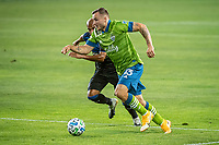 SAN JOSE, CA - OCTOBER 18: Jordan Morris #13 of the Seattle Sounders dribbles the ball during a game between Seattle Sounders FC and San Jose Earthquakes at Earthquakes Stadium on October 18, 2020 in San Jose, California.
