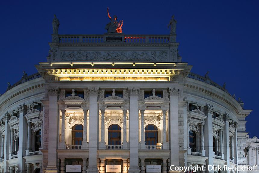 Burgtheateram Universitätsring  in Wien, Österreich, UNESCO-Weltkulturerbe<br /> Burgtheater at Universitätsring, Vienna, Austria, world heritage