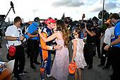 #9 Scott Dixon, Chip Ganassi Racing Honda and wife Emma