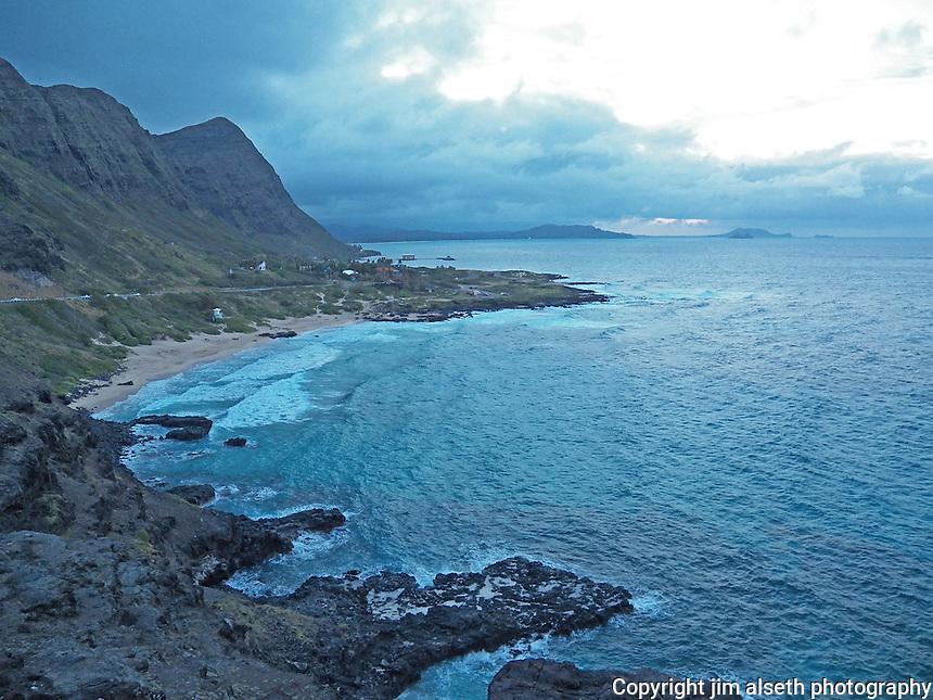 Picturesque coastline of Oahu at dusk...