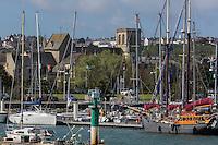France, Manche (50), Cotentin, Cherbourg, rade de Cherbourg , Port Chantereyne et La basilique Sainte-Trinité, // France, Manche, Cotentin, Cherbourg, Chantereyne  Harbour  and Basilica of Holy Trinity,