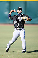 April 17, 2009:  Shortstop Erick Monzon (30) of the West Tenn Diamond Jaxx, Southern League Class-AA affiliate of the Seattle Mariners, during a game at the Baseball Grounds of Jacksonville in Jacksonville, FL.  Photo by:  Mike Janes/Four Seam Images