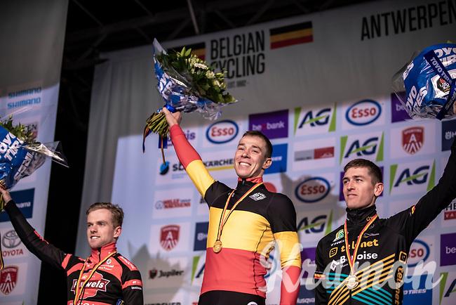 podium:<br /> <br /> 1st place Laurens Sweeck (BEL/Pauwels Sauzen - Bingoal)<br /> 2nd place Eli Iserbyt (BEL/Pauwels Sauzen - Bingoal)<br /> 3th place Toon Aerts (BEL/Telenet Baloise Lions)<br /> <br /> Elite Men's Race <br /> Belgian National CX Championships<br /> Antwerp 2020
