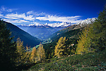 Italy, Alto Adige-Trentino (South-Tyrol), view from Passo di Monte Giovo at Oetztal mountains | Italien, Suedtirol, Blick vom Jaufenpass in die Oetztaler Alpen