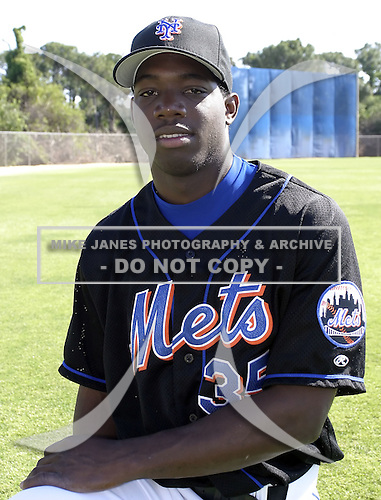 April 2, 2004:  Lastings Milledge of the New York Mets organization during Spring Training at Tradition Field in St. Lucie, FL.  Photo by:  Mike Janes/Four Seam Images