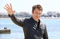 Simon Merrels pose lors du photocall de KNIGHTFALL pendant le MIPTV a Cannes, le mardi 4 avril 2017.