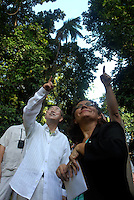 O secretário geral da ONU Ban Ki Moon, e a diretora do museu Emílio Goeldi, Ima Célia Guimarães Siqueira,  importante instituição de pesquisa brasileira durante sua visita ao museu Emílio Goeldi em Belém.<br /> Belém Pará Brasil<br /> 13/11/2007<br /> Foto Paulo Santos/Interfoto
