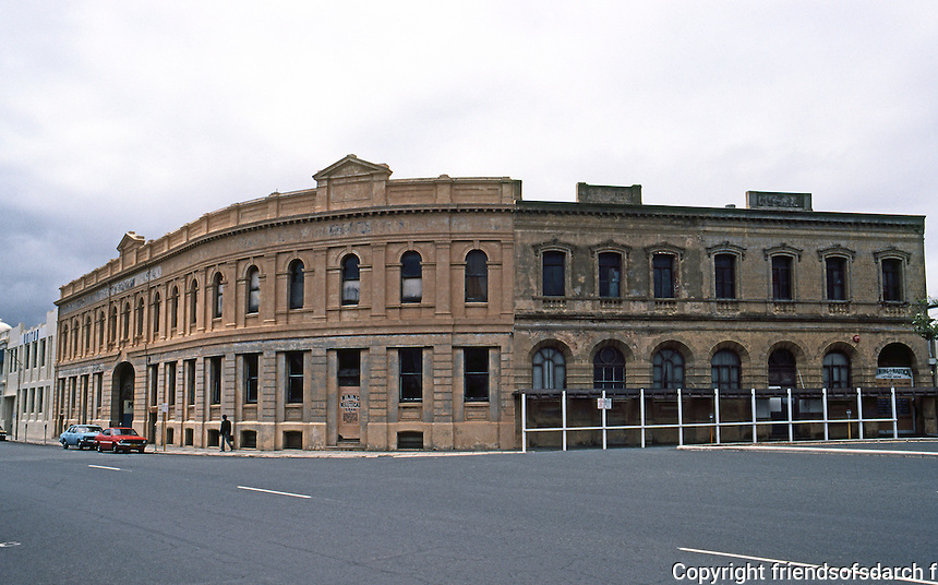 Fremantle: Curved facade, Phillamore St. and corner Henry St. 1888-1896. F.W. Burwell, architect of curved facade of 1896. Photo '82.