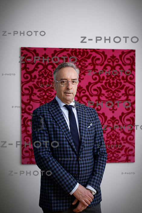 Interview und Portrait mit Thomas Meyer von Bischoff Textil AG, im Hauptsitz in St. Gallen am 19. Januar 2015<br /> <br /> Copyright ? Zvonimir Pisonic