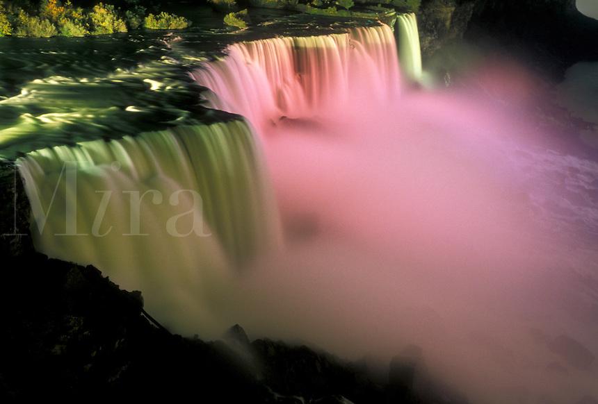 AJ3077, Niagara Falls, waterfall, New York, Scenic view of the American Falls illuminated at night in Niagara Falls in the state of New York.