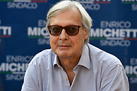 The candidate councilor for culture Vittorio Sgarbi attends an electoral campaign press conference for the mayoral election in Spinaceto, a peripheral neighborhood in the west of Rome on October 1st 2021. Photo Andrea Staccioli Insidefoto