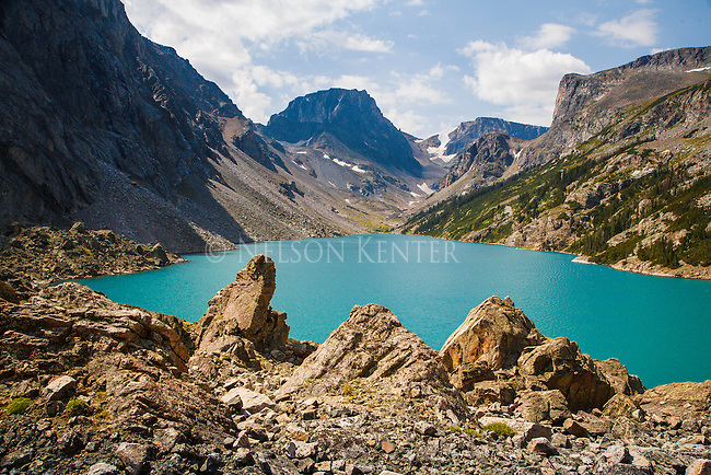 beautiful turquoise color of black canyon lake in the absaroka beartooth wilderness in montana