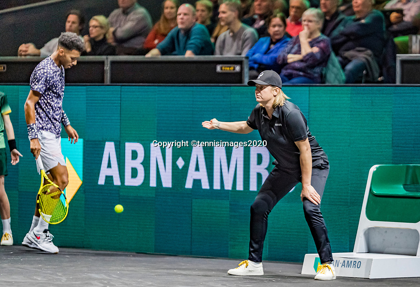Rotterdam, The Netherlands, 12 Februari 2020,  Felix Auger-Aliassime (CAN) with lineswoman<br /> Photo: www.tennisimages.com