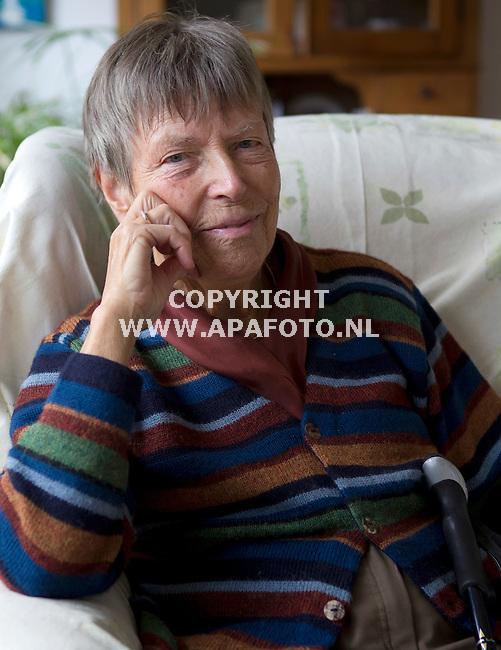 Dieren 110412 Leni van Gent, overlevende kamp Amersfoort<br /> Foto Frans Ypma APA-foto