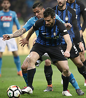 Calcio, Serie A: Inter - Napoli, Milano, stadio Giuseppe Meazza (San Siro), 11 marzo 2018.<br /> Napoli's Marques Loureiro Allan (l) in action with Inter's Antonio Candreva (r)  during the Italian Serie A football match between Inter Milan and Napoli at Giuseppe Meazza (San Siro) stadium, March 11, 2018.<br /> UPDATE IMAGES PRESS/Isabella Bonotto
