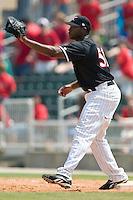 Kannapolis first baseman Brandon Allen (36) fields a throw versus Augusta at Fieldcrest Cannon Stadium in Kannapolis, NC, Wednesday, May 2, 2007.