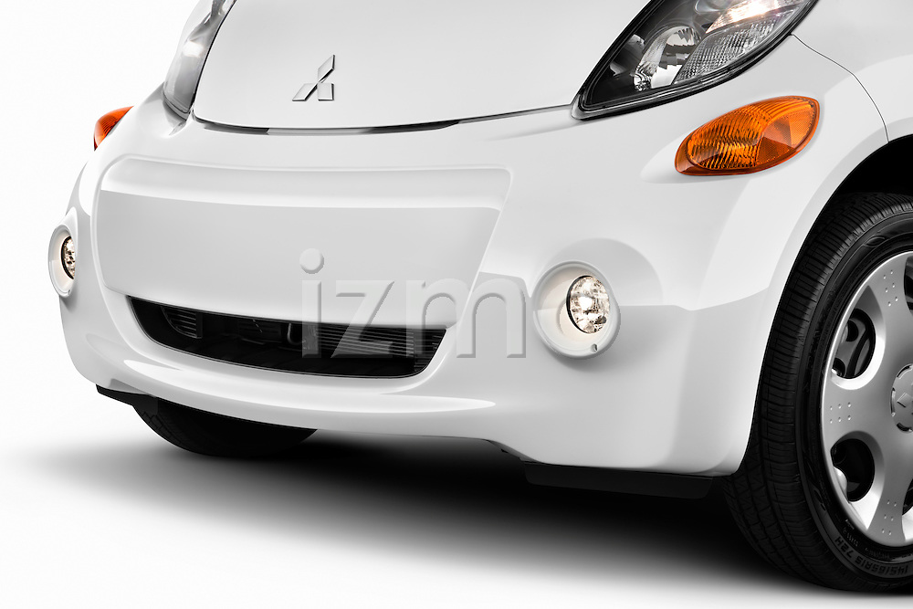 Front grille detail view on a 2012 Mitsubishi MiEV ES.