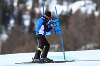 18th February 2021; Cortina d'Ampezzo, Italy; FIS Alpine World Ski Championships  Cortina Women's Giant Slalom; Course tender repairs gate