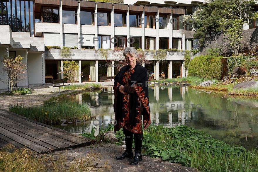 Interview mit Pia Gyger Psychologin und Zen-Meisterin Mitbegruenderin des Lassalle-Instituts in Bad Schoenbrunn am 13. April 2011..Copyright © Zvonimir Pisonic