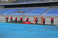 PEREIRA - COLOMBIA, 19-09-2020: Protocolos de bioseguridad previo al partido por la fecha 9 de la Liga BetPlay DIMAYOR 2020 entre Deportivo Pereira e Independiente Santa Fe jugado en el estadio Hernán Ramírez Villegas de la ciudad de Pereira. / Biosafety protocols prior a match for the date 9 as part of BetPlay DIMAYOR League 2020 between Deportivo Pereira and Independiente Santa Fe played at the Hernan Ramirez Villegas stadium in Pereira city.  Photo: VizzorImage/ Jonh Jairo Bonilla / Cont