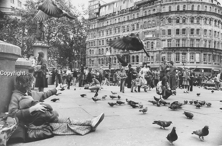 1984 FILE PHOTO -<br /> <br /> Trafalgar Square is the first place Boris Spremo heads for in London because there is always activity; always people; always fun and always pigeons