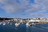 Blick auf  St. Peter Port, Insel Guernsey, Kanalinseln