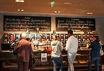 Deutschland, Oberbayern, Landkreis Miesbach, Irschenberg: Verkaufsraum der Dinzler Kaffeeroesterei AG | Germany, Upper Bavaria, Irschenberg: Dinzler Kaffeeroesterei AG , coffee roasting plant with sale room