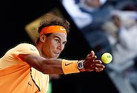 Lo spagnolo Rafael Nadal al servizio nel corso degli Internazionali d'Italia di tennis a Roma, 12 maggio 2016.<br /> Spain's Rafael Nadal serves the ball to Australia's Nick Kyrgios at the Italian Open tennis tournament in Rome, 12 May 2016.<br /> UPDATE IMAGES PRESS/Isabella Bonotto