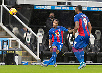2nd February 2021; St James Park, Newcastle, Tyne and Wear, England; English Premier League Football, Newcastle United versus Crystal Palace; Nathaniel Clyne of Crystal Palace crosses the ball
