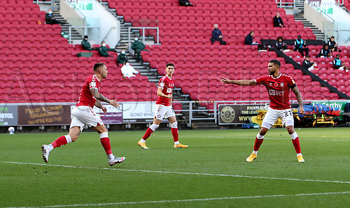 31st October 2020; Ashton Gate Stadium, Bristol, England; English Football League Championship Football, Bristol City versus Norwich; Goal celebrations for Jack Hunt of Bristol City after he equalised for 1-1 in the 15th minute
