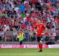 12.05.2018, Football 1. Bundesliga 2017/2018, 34.  match day, FC Bayern Muenchen - VfB Stuttgart, in Allianz-Arena Muenchen.  Robert Lewandowski (FC Bayern Muenchen) . *** Local Caption *** © pixathlon<br /> <br /> +++ NED + SUI out !!! +++<br /> Contact: +49-40-22 63 02 60 , info@pixathlon.de